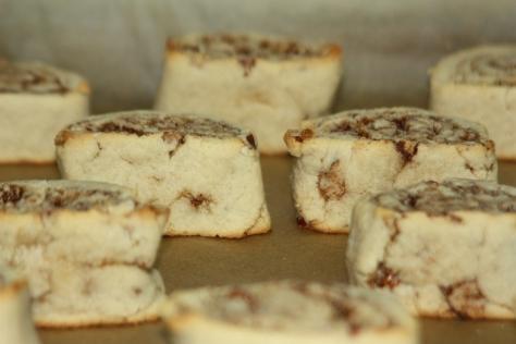 Baked Almond Flour Cinnamon Rolls